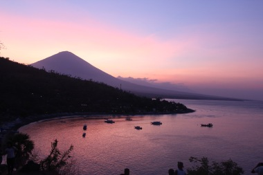 Sunset, Amed